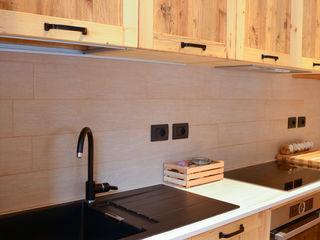 RI-NOVO Rustic style kitchen Wood Brown