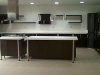ARENO Diseño de espacios CocinaAlmacenamiento y despensa Aglomerado Acabado en madera