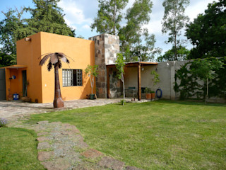 Alberto M. Saavedra Rustic style gardens