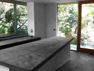 ibedi laboratorio di architettura Modern Kitchen Concrete Grey