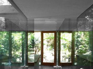 ibedi laboratorio di architettura Modern Corridor, Hallway and Staircase Marble Grey