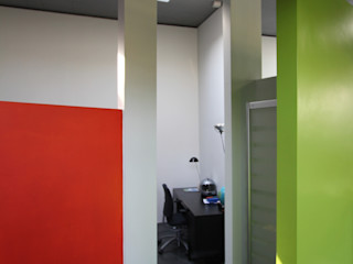 ibedi laboratorio di architettura Modern Bedroom Slate Orange
