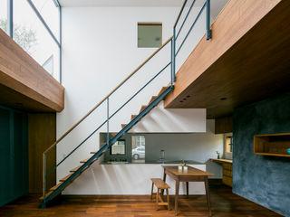 group-scoop Scandinavian style living room Wood Wood effect