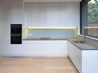 St Paul Street Ciarcelluti Mathers Architecture Minimalist kitchen MDF White