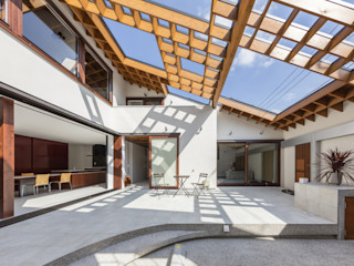 藤井伸介建築設計室 Moderner Garten