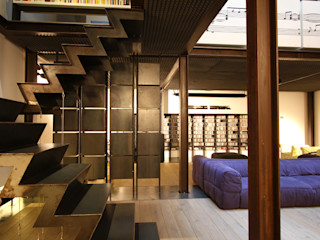 Loft ibedi laboratorio di architettura industrial style corridor, hallway & stairs Iron/Steel Metallic/Silver