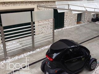 Modern Patio ibedi laboratorio di architettura Modern Terrace Concrete White
