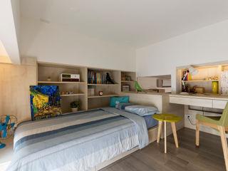 耀昀創意設計有限公司/Alfonso Ideas Scandinavian style bedroom