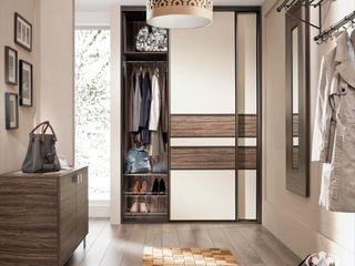 Komandor - Wnętrza z charakterem Vestíbulos, pasillos y escalerasCómodas y estanterías Aglomerado Acabado en madera