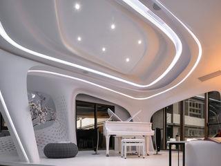 Luova 創研俬.集 Modern Media Room Concrete White
