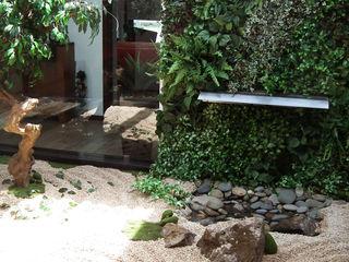 Jardim interior em Castelo de Paiva APROplan Jardins modernos