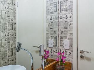 Casa 27 Arquitetura e Interiores Modern bathroom