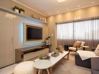 B+R Arquitetura SalasMuebles de televisión y dispositivos electrónicos Tablero DM Beige