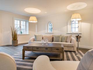 Home Staging Sylt GmbH Modern Oturma Odası