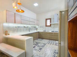 DESIGN SPECIES KitchenCabinets & shelves Plywood Beige