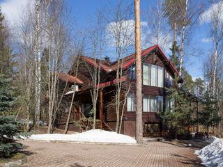 Дом с элементами шале ARK BURO Дома в стиле кантри Дерево Коричневый