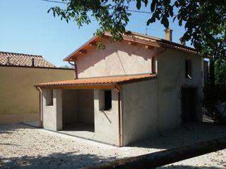 Tutto Tetto Di Shein Vitaliy Rustic style house Beige