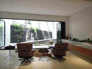 構築設計 Modern Media Room