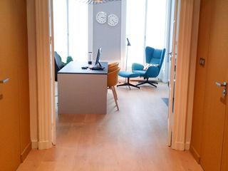 Aménagement et décoration d'un bureau Myriam Wozniak Architecture et décoration Bureau moderne
