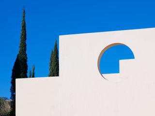 residencia retorno nogalera Excelencia en Diseño Casas modernas Ladrillos Blanco