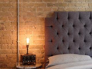 warehouse brick wall bedroom homify Quartos ecléticos Tijolo Castanho