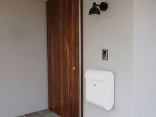 アトリエ・アースワーク Windows & doorsDoors Wood White