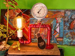 Lámpara Estilo Industrial Madera Manómetro Vieja Eddie Lamparas Vintage Vieja Eddie ArtePinturas, dibujos y fotografías Hierro/Acero Rojo