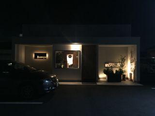 洋風食房sanga 合同会社 栗原弘建築設計事務所 モダンなレストラン アルミニウム/亜鉛 白色