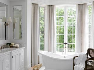 Classic Elegance Douglas Design Studio Classic style bathroom White