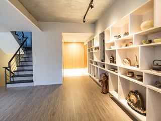 展示走廊 果仁室內裝修設計有限公司 走廊 & 玄關