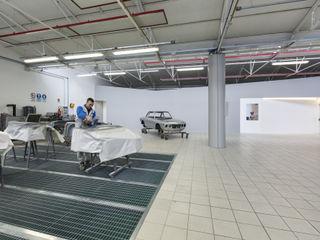 DB Carrozzeria Elia Falaschi Fotografo Concessionarie d'auto moderne