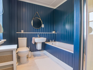 The Wee House Company Ванна кімната Дерево