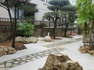 艸木/SOUMOKU Eclectic style garden Stone White