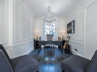 APT Renovation Ltd Modern living room