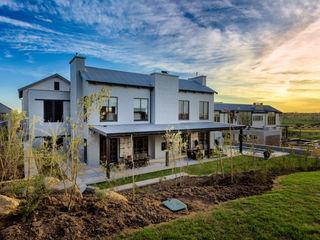 Gelding Construction Company (PTY) Ltd Modern houses