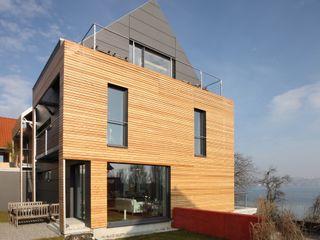 ARCHITEKTEN GECKELER Modern Houses Wood Black