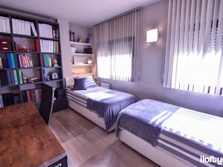 Dormitorio juvenil en Badalona iloftyou Dormitorios de estilo moderno