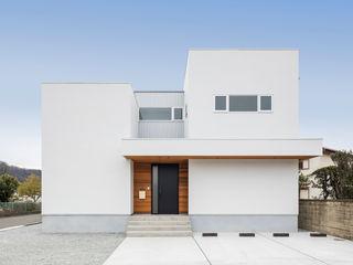 姫路市広畑区の家 中村建築研究室 エヌラボ(n-lab) モダンな 家 木 白色