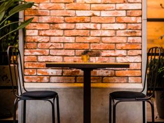 Płytki betonowe La Rambla Plac Nowy 1 Kraków Artis Visio Ściany i podłogiKafelki Beton Szary