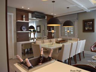 Sala de Jantar Moderna e Despojada DecaZa Design Dining roomLighting