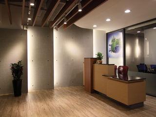 Hi+Design/Interior.Architecture. 寰邑空間設計 مكاتب ومحلات