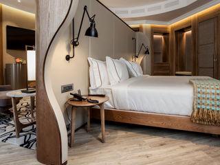 BELTÁ & FRAJUMAR Camera da letto moderna