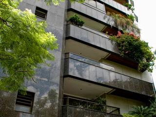 CABRAL Arquitetos Casas de estilo moderno Granito