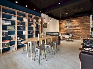 民間司法改革基金會台中辦公室 JRF, Taichung LO 理絲室內設計有限公司 Ris Interior Design Co., Ltd. 辦公室&店面 Wood effect