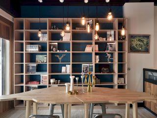 民間司法改革基金會台中辦公室 JRF, Taichung LO 理絲室內設計有限公司 Ris Interior Design Co., Ltd. 書房/辦公室儲藏櫃 Blue