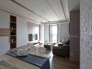 築一國際室內裝修有限公司 Столовая комната в стиле модерн