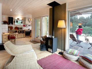 RUSTICASA Living room Wood White