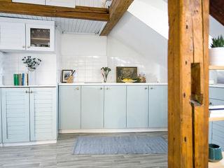 Apartment in Mala Strana #1 Stag Pads International Ltd. İskandinav Mutfak