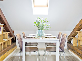 Apartment in Mala Strana #1 Stag Pads International Ltd. İskandinav Yemek Odası