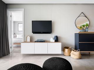 MINC DESIGN STUDIO Livings de estilo escandinavo